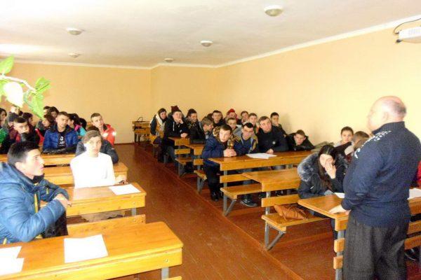 Зустріч учнів третього курсу з спеціалістом Міжгірського районного центру