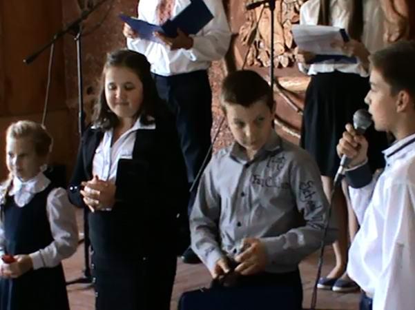 Учні підготували для своїх наставників святковий концерт та безліч сюрпризів