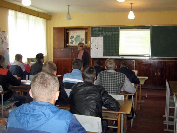 Відкритий урок з технічного креслення в групі №14