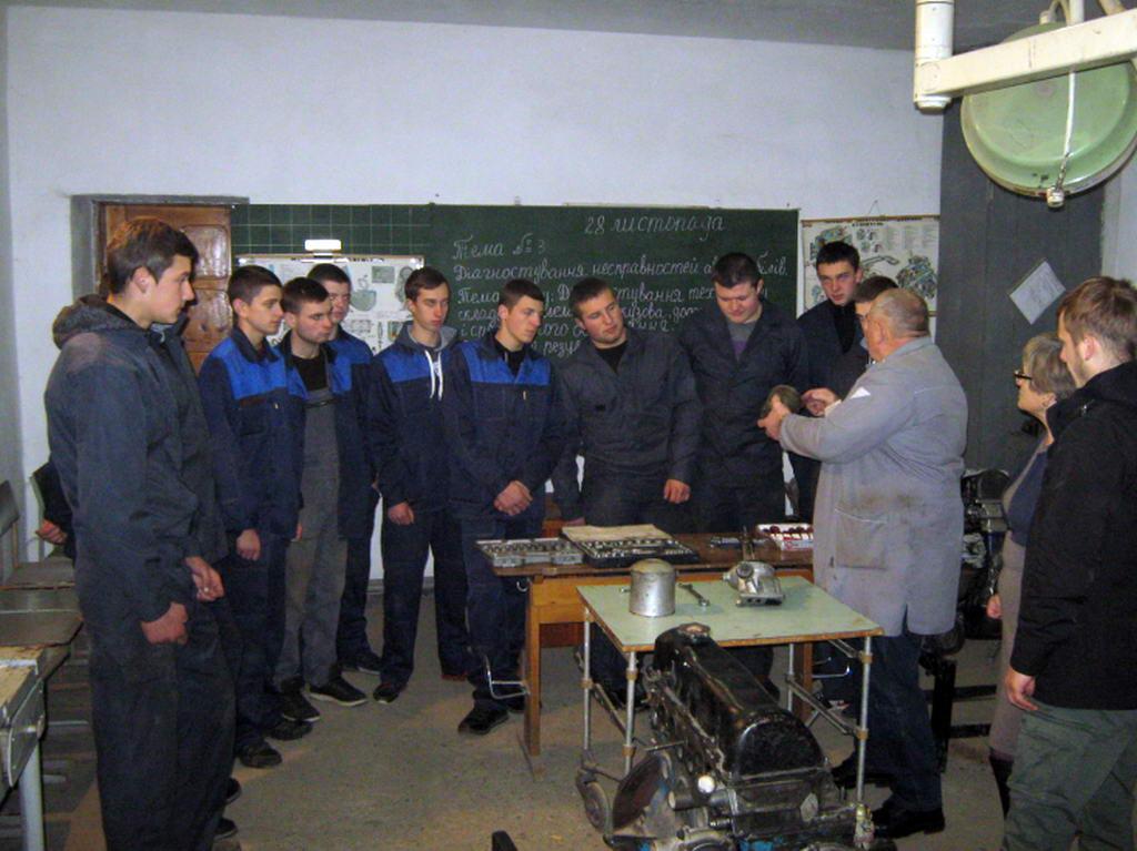 Проведено майстер-клас для учнів по професії слюсар з ремонту автомобілів, рихтувальник кузовів