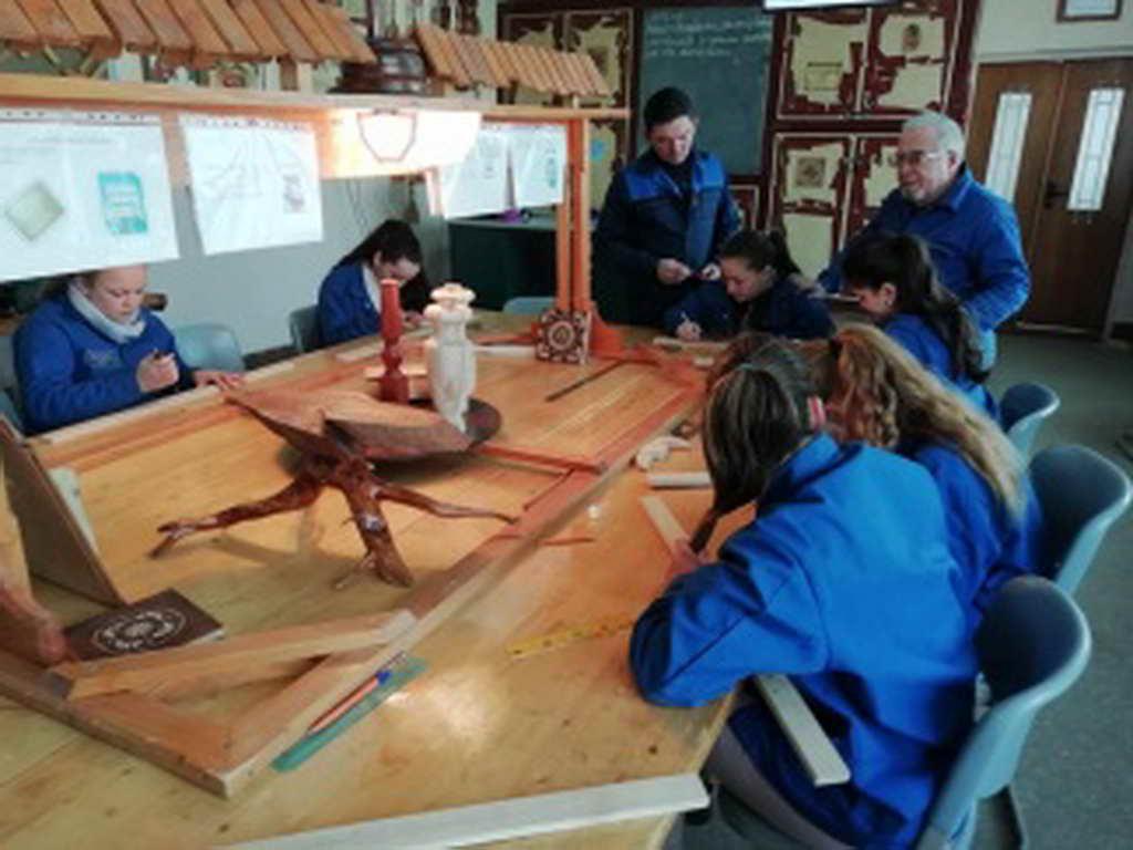 «Кращий з професії» серед виробників художніх виробів з дерева