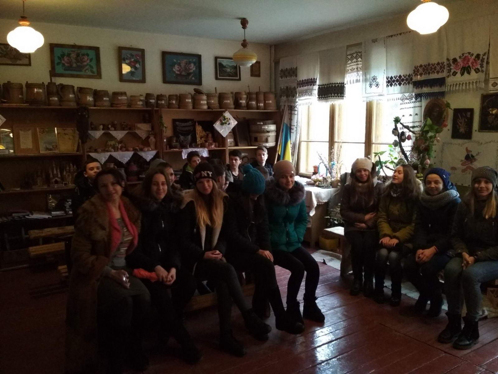 Етнографічний музей ліцею відвідали учні середніх шкіл Міжгір'я