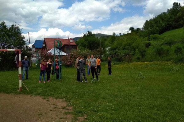 Змагання між командами навчальних груп «Метання гранати на дальність»