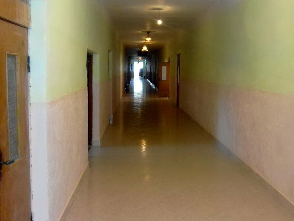 Завершені ремонтні роботи у коридорі навчального корпусу