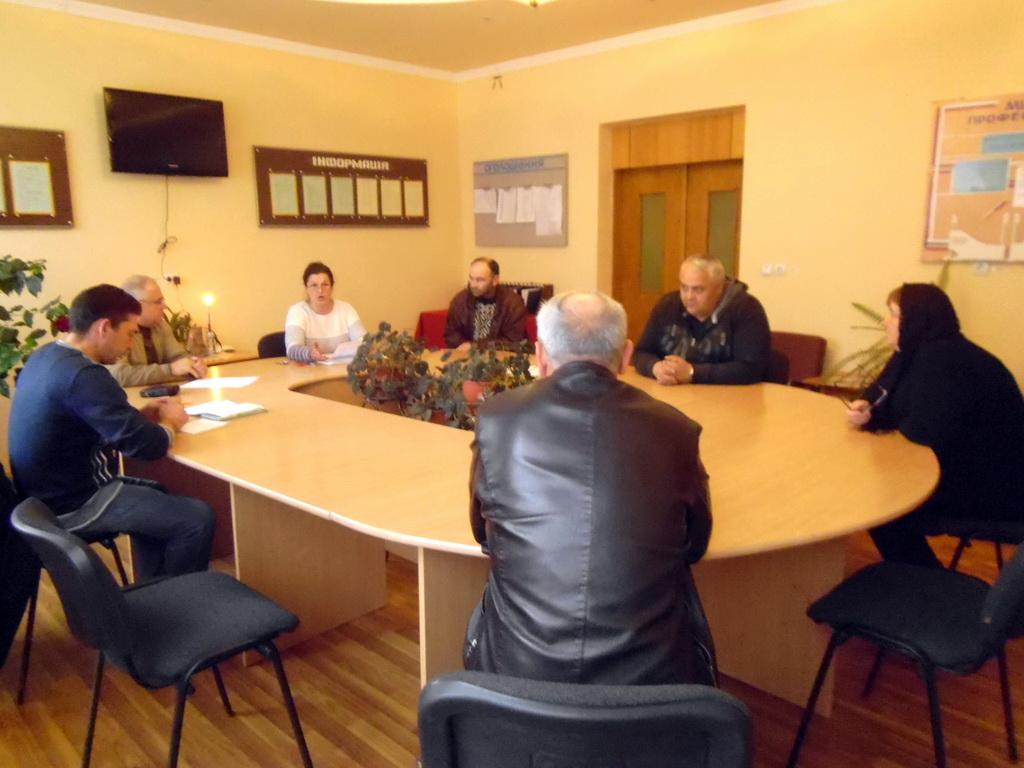 Чергове засідання методичної комісії педагогічних працівників професій деревообробки