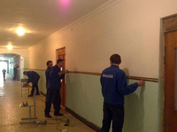 В ліцеї проведені роботи по оновленню коридору та сходової клітки навчального корпусу