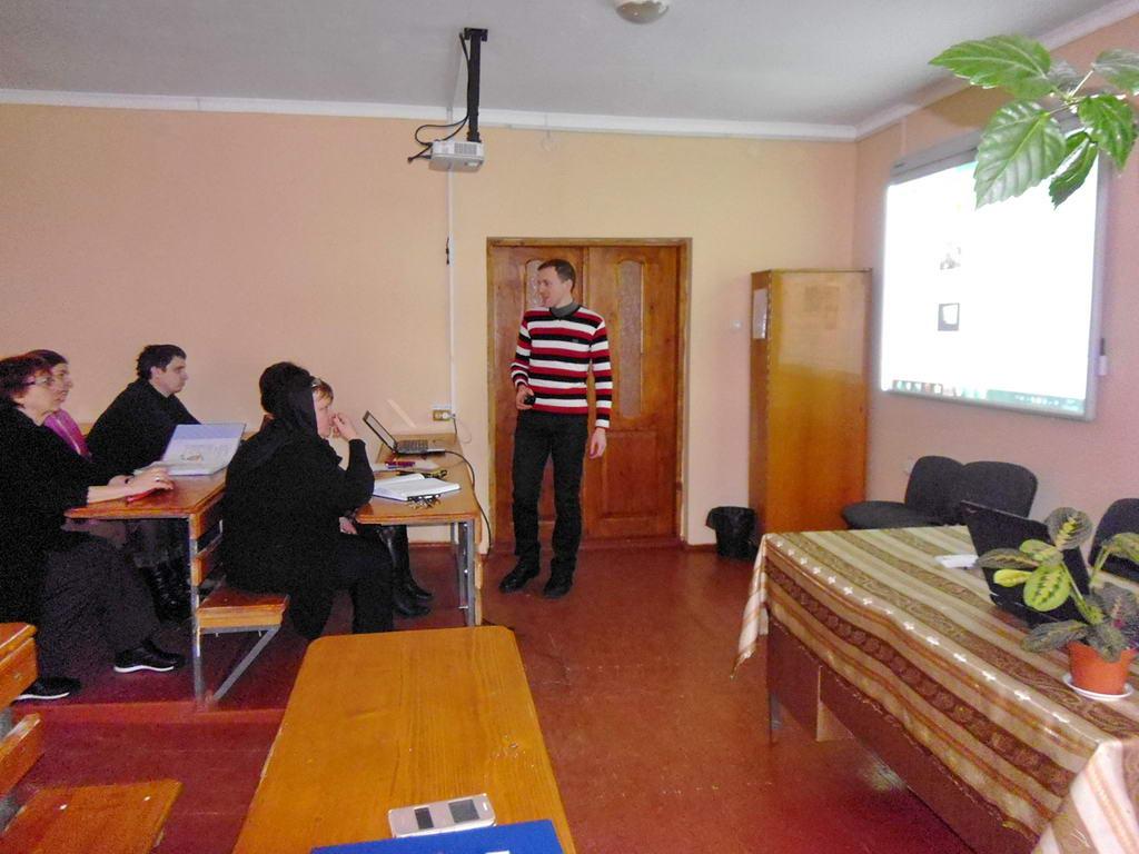 Під час засідання методкомісії обговорили проведені відкриті уроки з інформатики