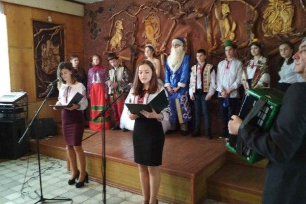 Святковий концерт присвячений новорічним та різдвяним святам