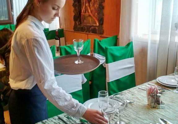 Відбулись конкурси професійної майстерності серед учнів, які здобувають професію офіціант